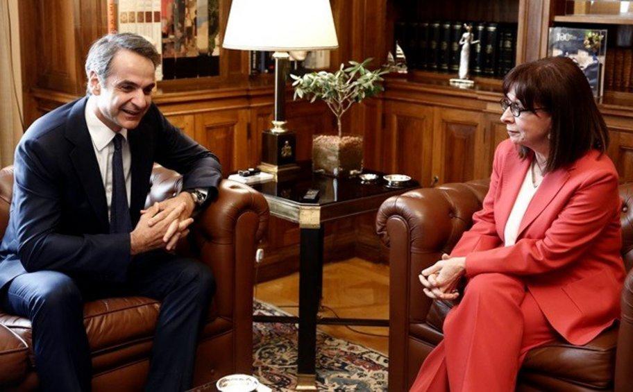 Συνάντηση Μητσοτάκη με την Πρόεδρο της Δημοκρατίας στις 11:00