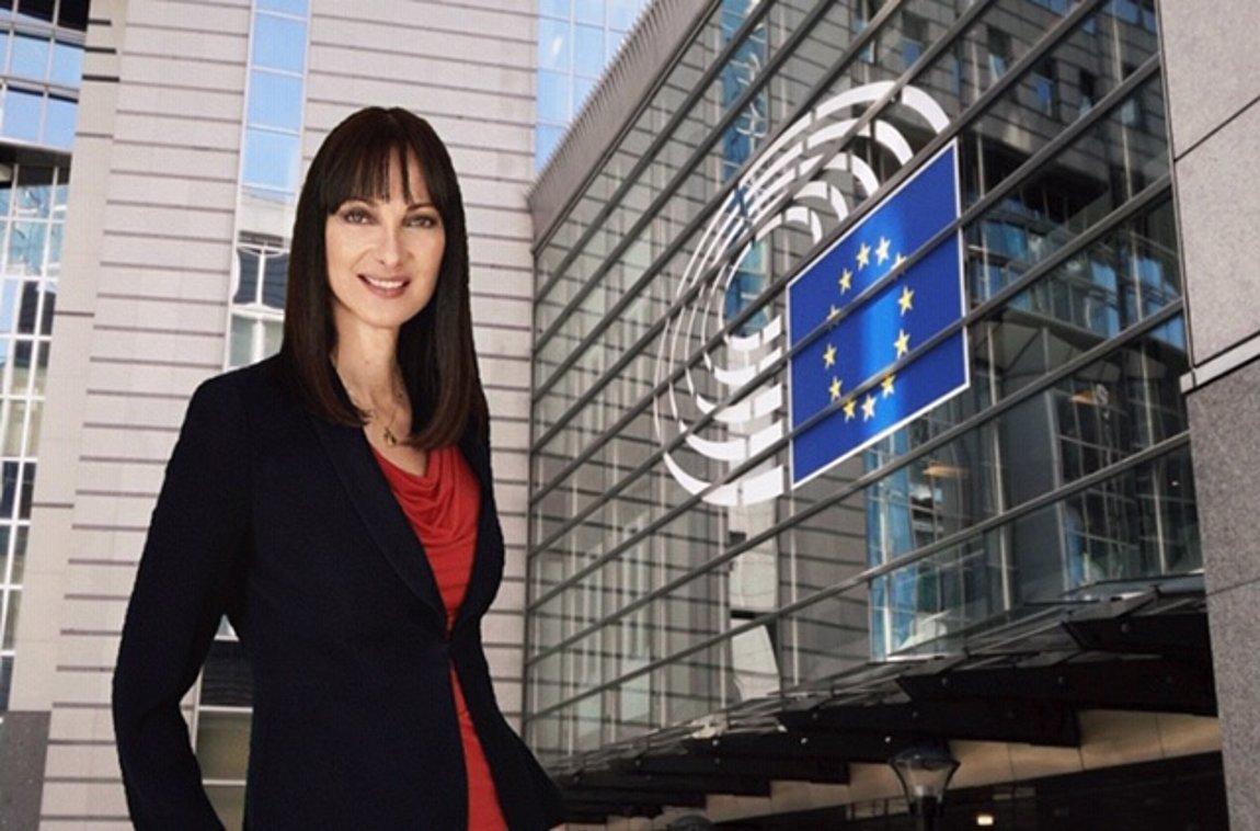Έλενα Κουντουρά: «Η λύση δεν είναι άλλη μια Μόρια. Η ΕΕ να αναλάβει τις  ευθύνες της δείχνοντας αληθινή αλληλεγγύη απέναντι στην ανθρωπιστική κρίση»  | ενότητες, πολιτική | Real.gr