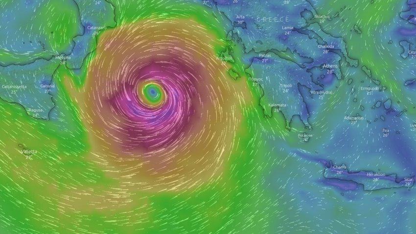 Ενισχύεται ο μεσογειακός κυκλώνας «Ιανός» - Δείτε live την πορεία του - ΒΙΝΤΕΟ