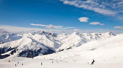 Αυστρία-κορωνοϊός: Ευπρόσδεκτοι οι σκιέρ στα χιονοδρομικά κέντρα αρκεί να κάθονται στο τραπέζι του μπαρ