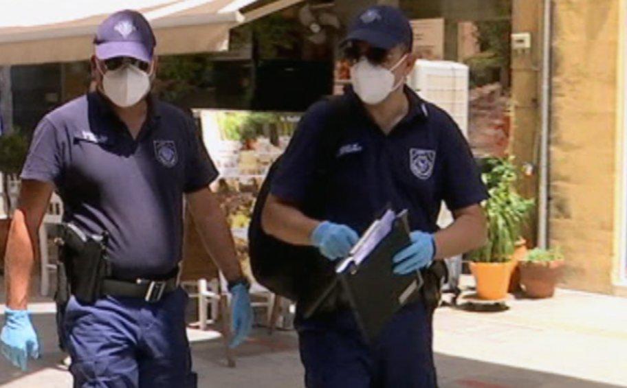 Κορωνοϊός: Τρεις συλλήψεις, 8 παραβάσεις καταστημάτων και 148 για μη χρήση μάσκας