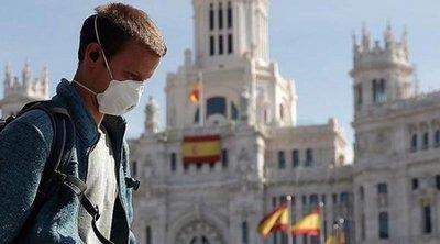 Εκατοντάδες άνθρωποι στους δρόμους της Μαδρίτης κατά της μερικής καραντίνας