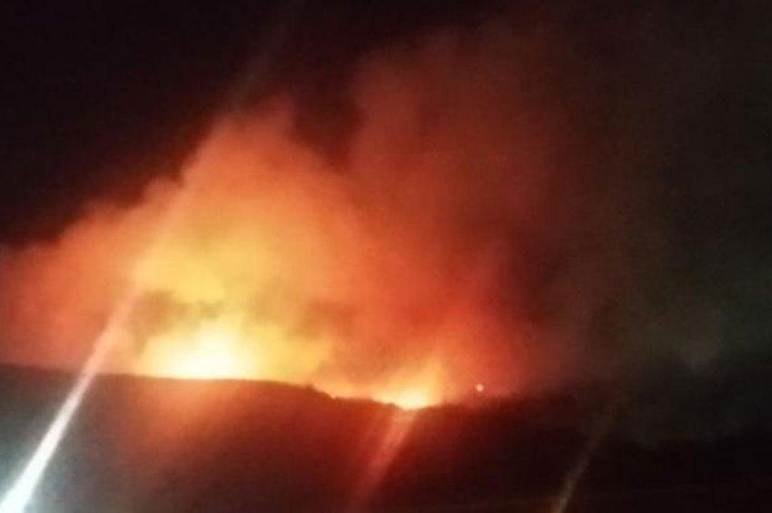 Φωτιά στον ΧΥΤΑ Φυλής, αποπνικτική ατμόσφαιρα σε ακτίνα χιλιομέτρων - Μήνυμα 112: Κλείστε πόρτες-παράθυρα - ΒΙΝΤΕΟ