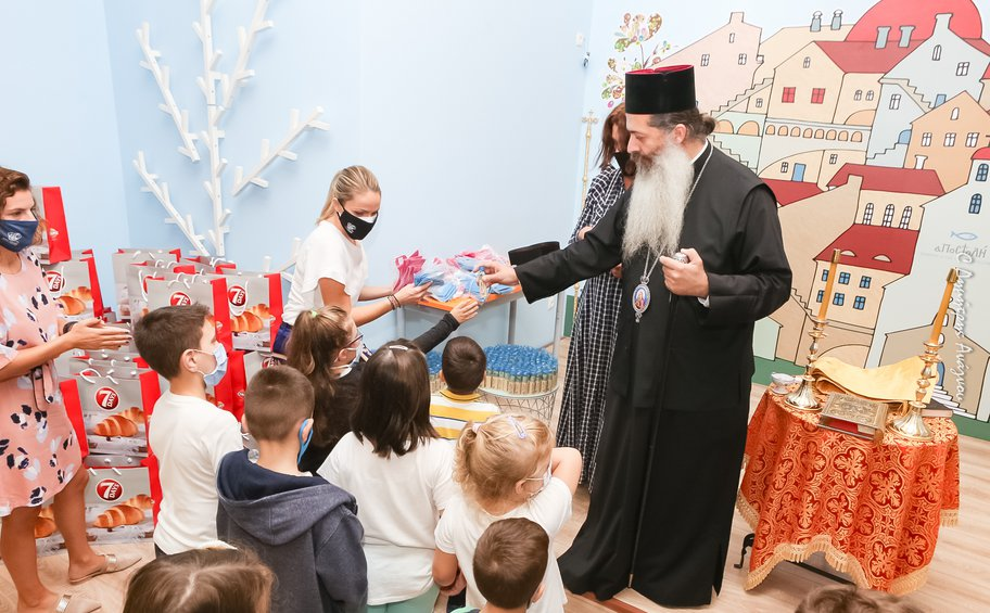 Η Ι.Μ. Φθιώτιδος και η «ΑΠΟΣΤΟΛΗ» άνοιξαν την αγκαλιά τους για όλα τα παιδιά της Λαμίας