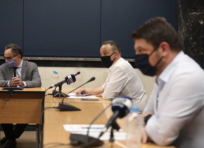 Στο επίκεντρο της επιδημίας κορωνοϊού η Αττική – Δέσμη μέτρων ανακοίνωσε ο Χαρδαλιάς
