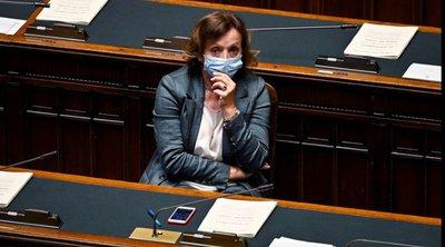 Ιταλία: Η υφυπουργός Υγείας ζητά τη διακοπή της Serie A