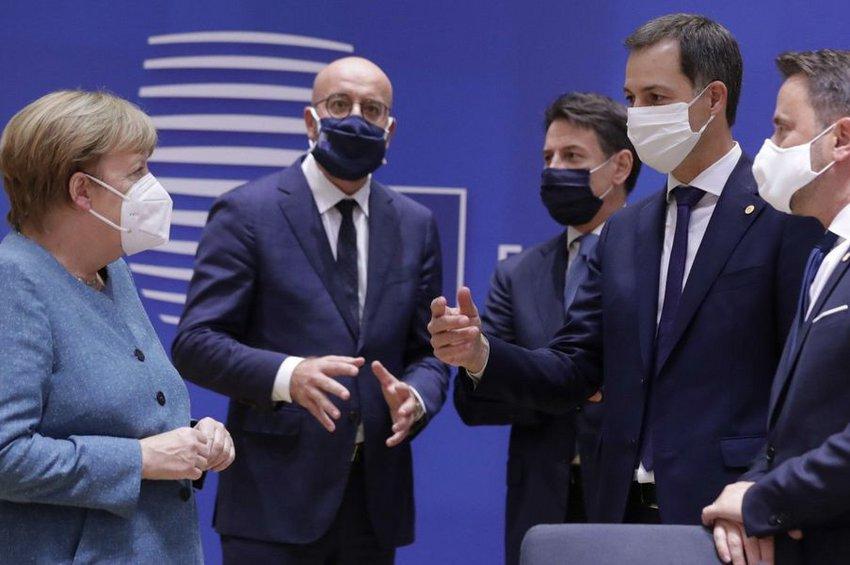 Σύνοδος Κορυφής: Διπλή προσέγγιση με την Τουρκία - Ευκαιρία στο διάλογο, έτοιμες και οι κυρώσεις - Επαναξιολόγηση το Δεκέμβρη