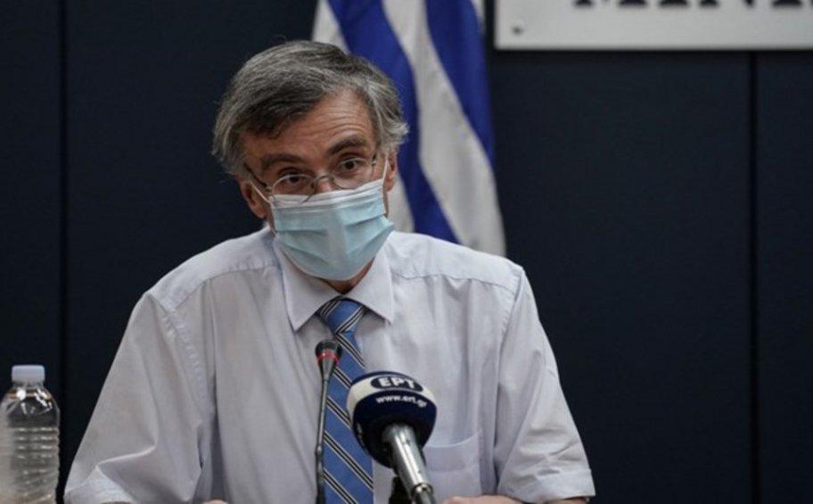 Δραματικοί τόνοι από τον Τσιόδρα: Δεν ελέγχεται η διασπορά αν δεν τηρηθούν πιστά τα μέτρα - Ώρα να μιλήσουν οι καρδιές