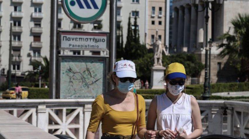 Γεμίζουν οι ΜΕΘ στην Αττική παρά τους σαρωτικούς ελέγχους - Έντονη ανησυχία σε κυβέρνηση και επιδημιολόγους