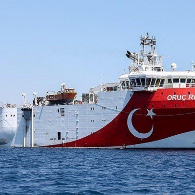 Θρίλερ με το Ορούτς Ρέιτς: Στα 8 ναυτικά μίλια από το Καστελλόριζο