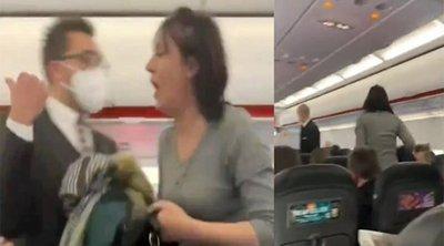 Πανικός σε αεροπλάνο: Έβγαλαν έξω γυναίκα που αρνήθηκε να φορέσει μάσκα - Έβηχε πάνω στους συνεπιβάτες της