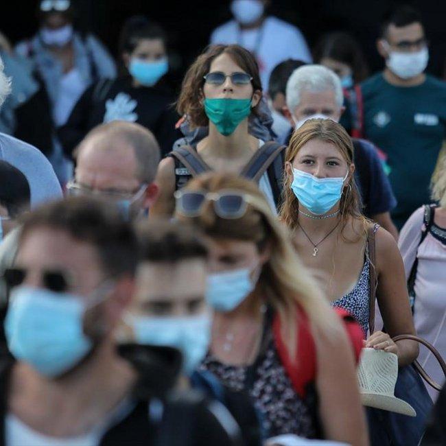 «Βράζουν» από κρούσματα 8 γειτονιές της Αθήνας - Οι 5 πόλεις που είναι στα πρόθυρα του lockdown
