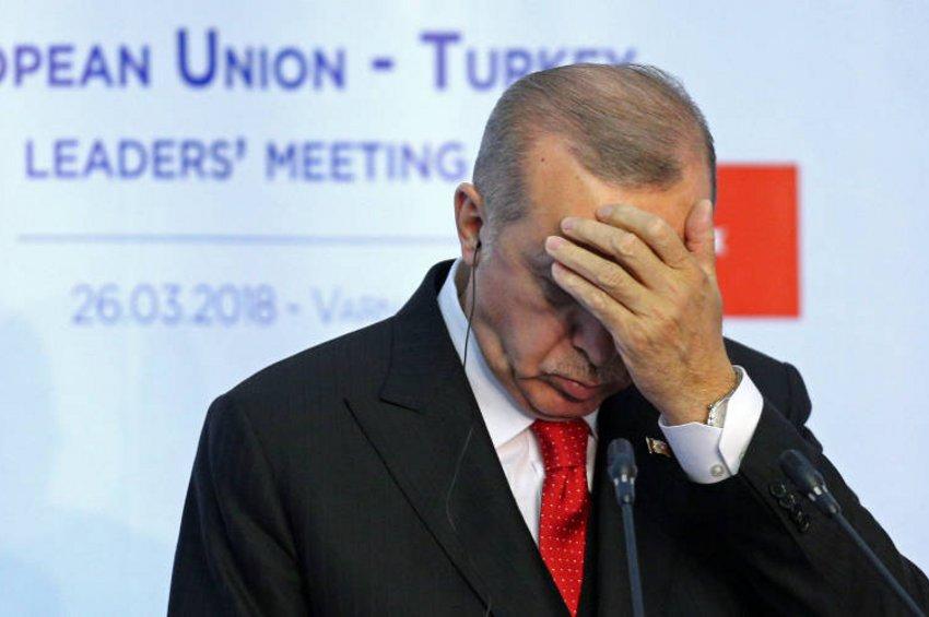 Δείτε το εξώφυλλο στο Charlie Hebdo για τον Ταγίπ Ερντογάν που θα τον κάνει «Τούρκο»