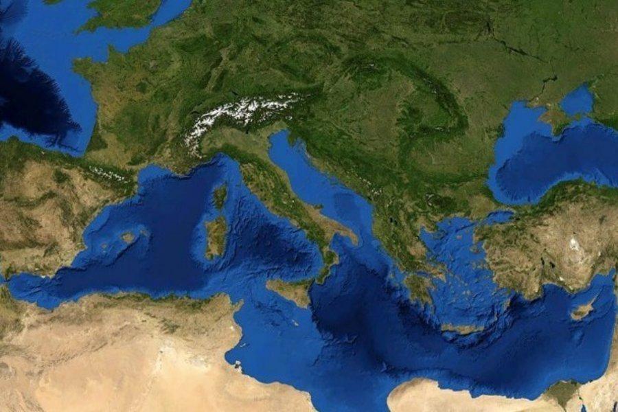 Έρευνα: Σχεδόν 230.000 τόνοι πλαστικών καταλήγουν στη Μεσόγειο κάθε χρόνο - Ποια κράτη είναι οι μεγαλύτεροι ρυπαντές