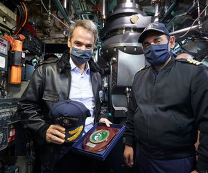 Μητσοτάκης στο υποβρύχιο «Κατσώνης» - To μήνυμά του για την 28η Οκτωβρίου