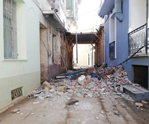Φονικό χτύπημα του Εγκέλαδου στη Σάμο: Η επόμενη μέρα - Θλίψη για το θάνατο των δύο παιδιών
