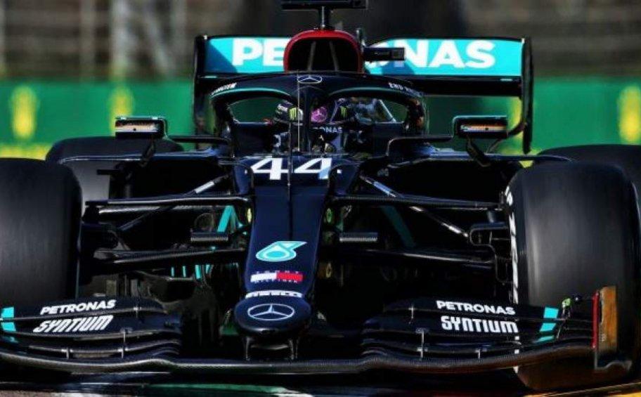 Formula 1: Ο Χάμιλτον ταχύτερος στα ελεύθερα δοκιμαστικά της Ίμολα
