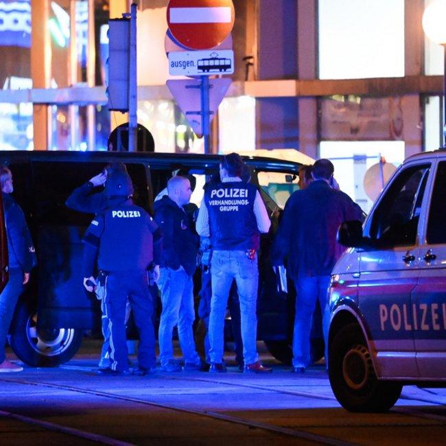 Ένοπλοι εξαπέλυσαν τρομοκρατική επίθεση στη Βιέννη - Πολλοί νεκροί και τραυματίες - ΒΙΝΤΕΟ