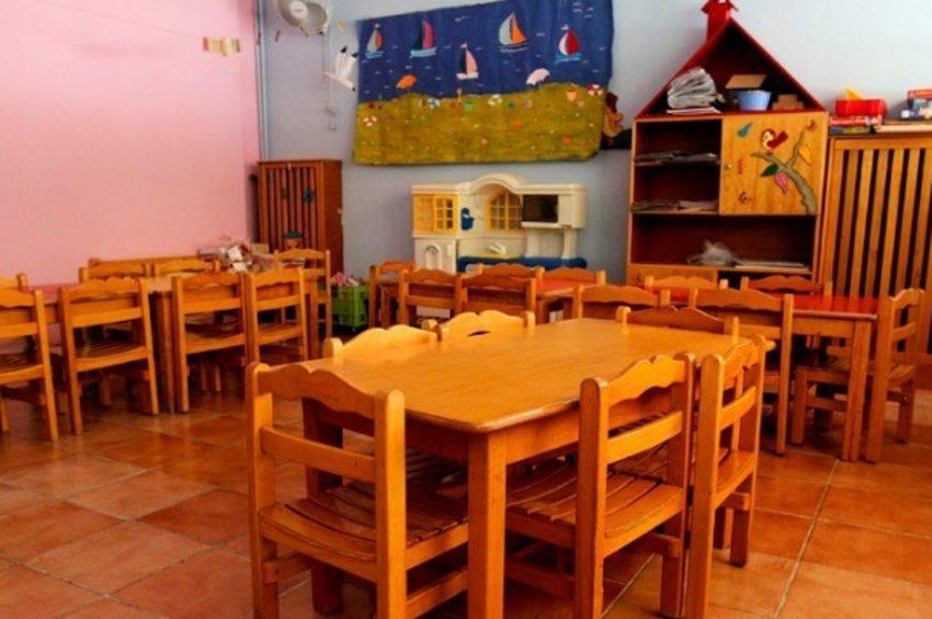 Κλειστά από σήμερα δημοτικά, νηπιαγωγεία, παιδικοί σταθμοί - Πώς θα γίνονται τα μαθήματα