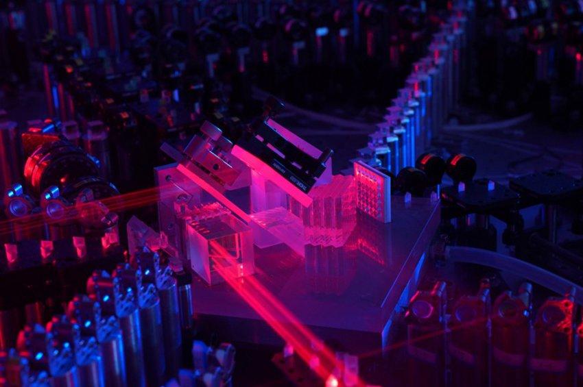 Kίνα: Ερευνητές πέτυχαν το «κβαντικό πλεονέκτημα» στους υπολογιστές χρησιμοποιώντας φωτόνια