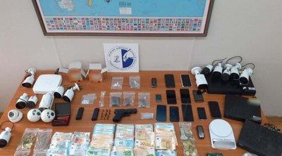 Εξάρθρωση κυκλώματος διακίνησης ναρκωτικών και καλλιέργειας υδροπονικής κάνναβης - 8 συλλήψεις