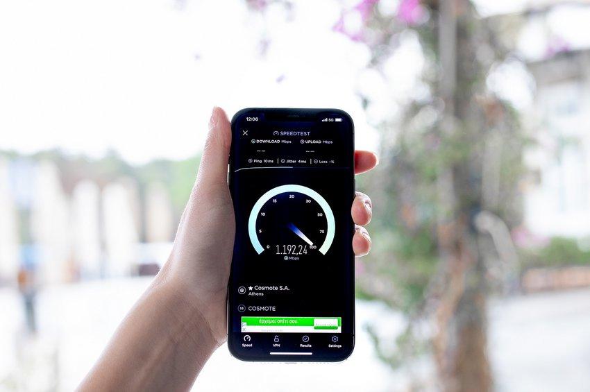 Η COSMOTE φέρνει πρώτη στην Ελλάδα το 5G - Η πρώτη βιντεοκλήση έγινε από τον πρωθυπουργό
