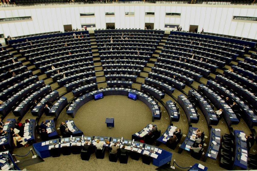 Το Ευρωπαϊκό Κοινοβούλιο θα εξετάσει και θα εγκρίνει τη συμφωνία ΕΕ -ΗΒ με το νέο έτος