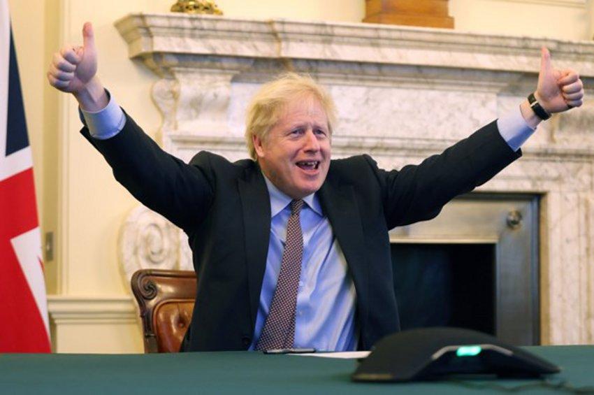 Brexit: Ο Μπόρις Τζόνσον πανηγυρίζει για τη συμφωνία μεταξύ Λονδίνου και Βρυξελλών