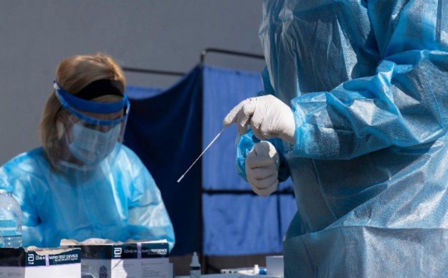 Κορωνοϊός: 605 κρούσματα και 24 θάνατοι το τελευταίο 24ωρο - 292 διασωληνωμένοι