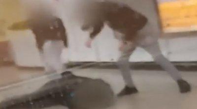 Επίθεση στο μετρό: Τι ισχυρίζονται οι δύο ανήλικοι για την επίθεση σε βάρος του σταθμάρχη - ΒΙΝΤΕΟ