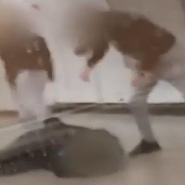 Κρατούνται δύο αδέλφια, 15 και 17 ετών, ως δράστες του ξυλοδαρμού σταθμάρχη του Μετρό