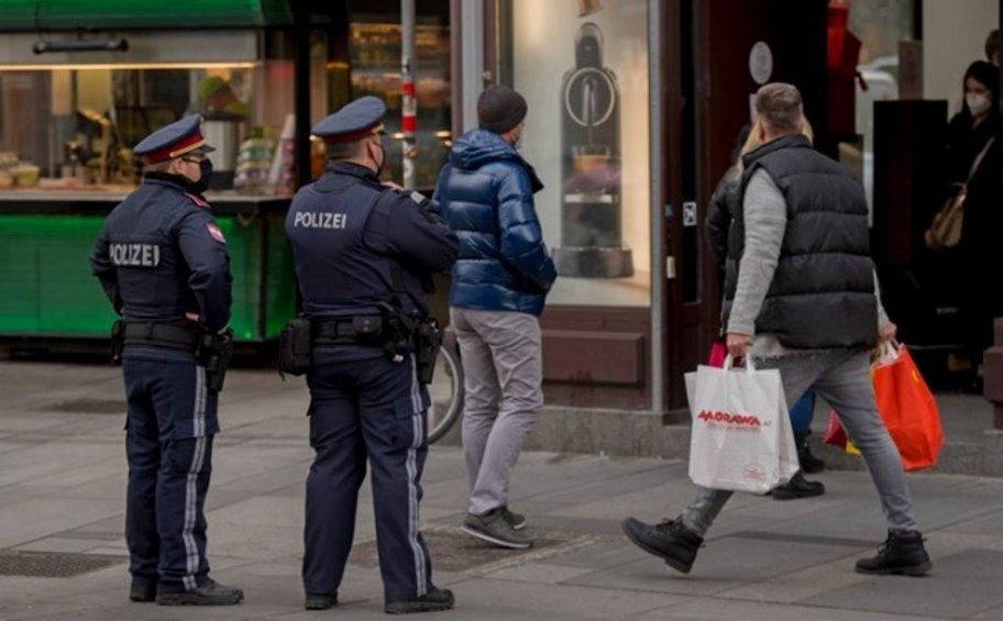 Αυστρία: Αμφίβολη η χαλάρωση περιοριστικών μέτρων κατά της πανδημίας, στην αυριανή απόφαση της ομοσπονδιακής κυβέρνησης