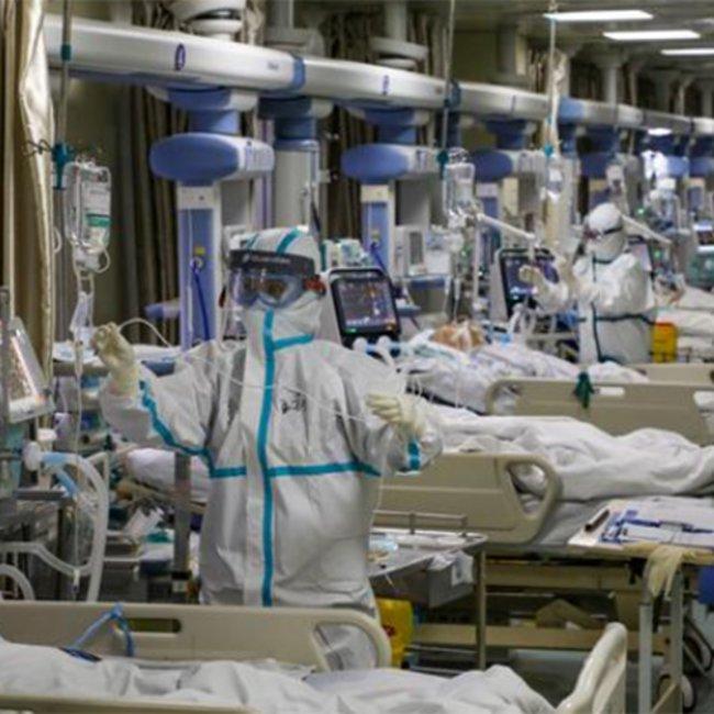Ανατριχιαστικές μαρτυρίες γιατρών από την Ουχάν: «Μας είπαν να πούμε ψέματα, ξέραμε ότι προκαλούσε θανάτους»