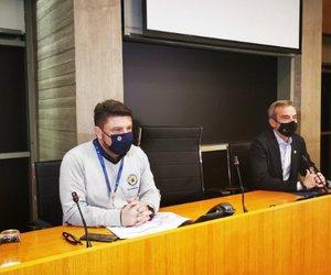 LIVE: Η ενημέρωση για τις εξελίξεις με τον κορωνοϊό από Χαρδαλιά και Κεραμέως