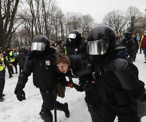 Ρωσία: Η αστυνομία προχώρησε σε περισσότερες από 1.614 συλλήψεις διαδηλωτών-υποστηρικτών του Ναβάλνι, σε όλη τη χώρα