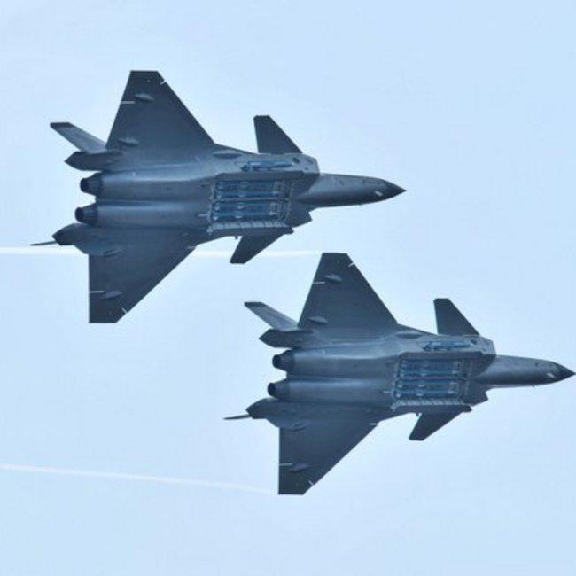 Ένταση στην Ταϊβάν: 8 κινεζικά βομβαρδιστικά και 4 μαχητικά εισήλθαν στον εναέριο χώρο προκαλώντας την ανάπτυξη πυραύλων