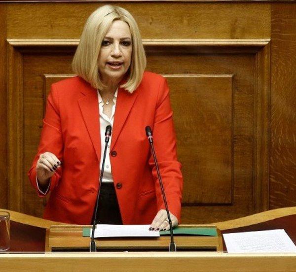 Πρόταση για προ ημερησίας διατάξεως συζήτηση στη Βουλή για την πανδημία καταθέτει αύριο η Φ. Γεννηματά