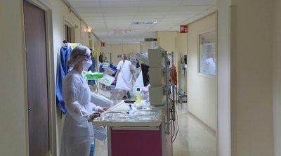 Γαλλία: Σε υψηλό 14 εβδομάδων οι νοσηλείες ασθενών με κορωνοϊό στις ΜΕΘ