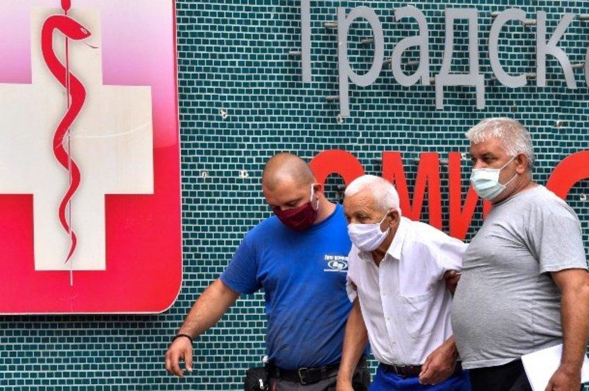 Βόρεια Μακεδονία: Ξεπέρασαν τις 100.000 τα κρούσματα κορωνοϊού - Αδυνατεί να προμηθευτεί επιπλέον εμβόλια η χώρα