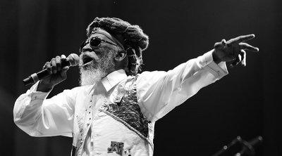 Πέθανε ο θρύλος της ρέγκε Μπάνι Γουέιλερ - Είχε ιδρύσει μαζί με τον Μπομπ Μάρλεϊ τους Wailers - BINTEO
