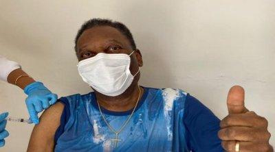 Ο Πελέ εμβολιάστηκε κατά του κορωνοϊού