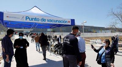 Ισπανία: Το υπουργείο Υγείας πρότεινε όσοι εμβολιάστηκαν με το AstraZeneca να κάνουν τη δεύτερη δόση με Pfizer