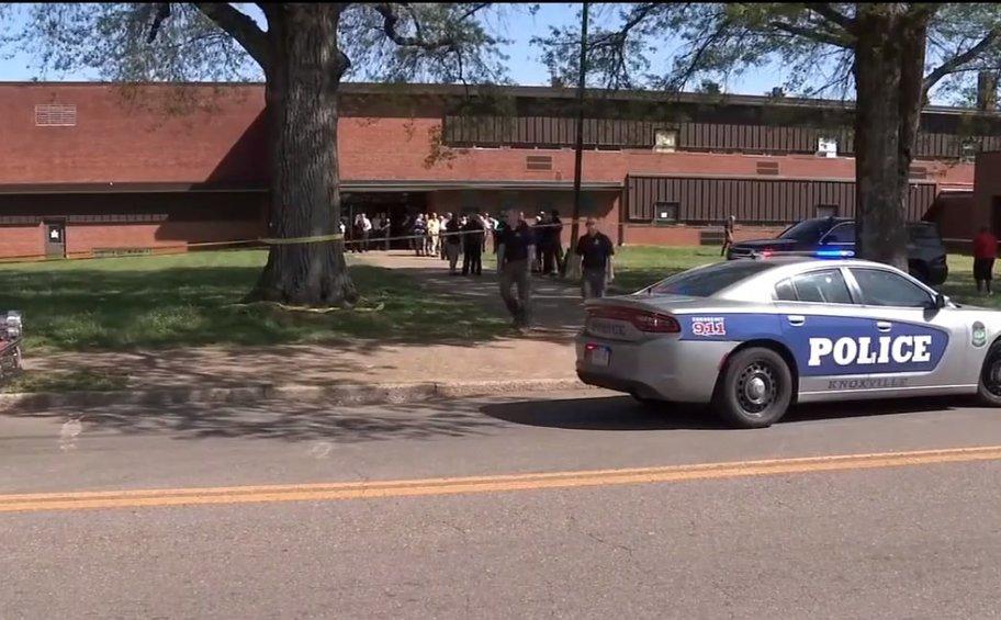 ΗΠΑ: Πυροβολισμοί σε σχολείο στο Νόξβιλ του Τενεσί – Αναφορές για νεκρούς και τραυματίες - ΒΙΝΤΕΟ