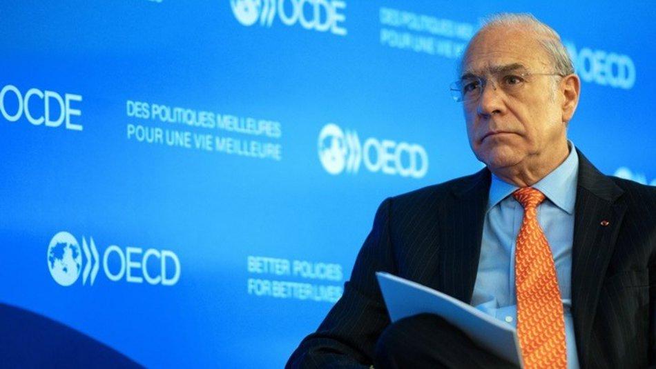 Ανχελ Γκουρία: «Η Ελλάδα εξελίσσεται σε έναν ελκυστικό προορισμό για επενδύσεις»