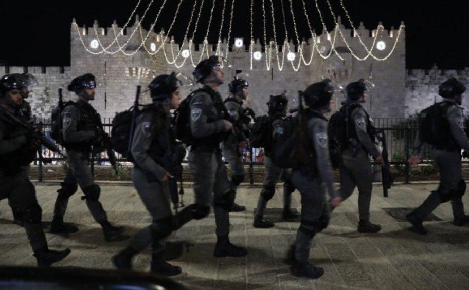 Ισραήλ: Δεκαεπτά τραυματίες σε συγκρούσεις μεταξύ Παλαιστίνιων πιστών και Ισραηλινών αστυνομικών