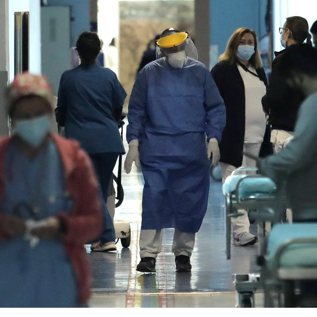 Κορωνοϊός: Μείωση διασωληνωμένων στους 728 - Σε Αττική, Θεσσαλονίκη τα περισσότερα κρούσματα - Η κατανομή