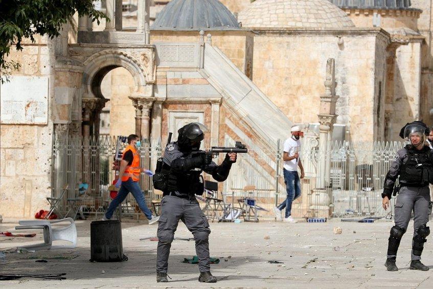 «Φλέγεται» η Ιερουσαλήμ - Χτύπησαν σειρήνες, έπεσαν ρουκέτες μετά το τελεσίγραφο της Χαμάς