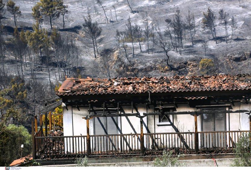 Συγκλονιστική φωτογραφία: Η μεγάλη πυρκαγιά από δορυφόρο