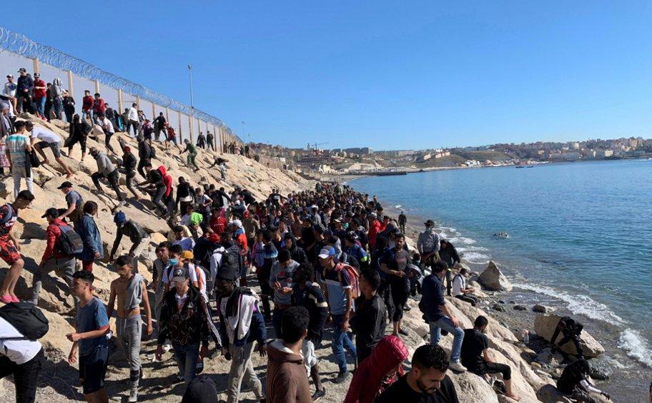 Μαρόκο: Η βουλή της χώρας καταδίκασε ψήφισμα του Ευρωπαϊκού Κοινοβουλίου για τους ανήλικους μετανάστες