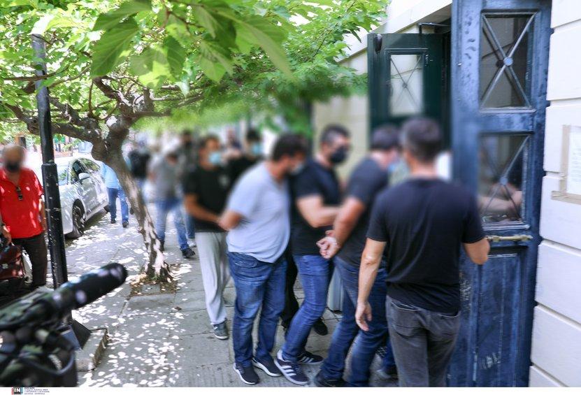 Δολοφονία 37χρονης στη Ζάκυνθο: Προθεσμία για να απολογηθούν πήραν οι επτά συλληφθέντες